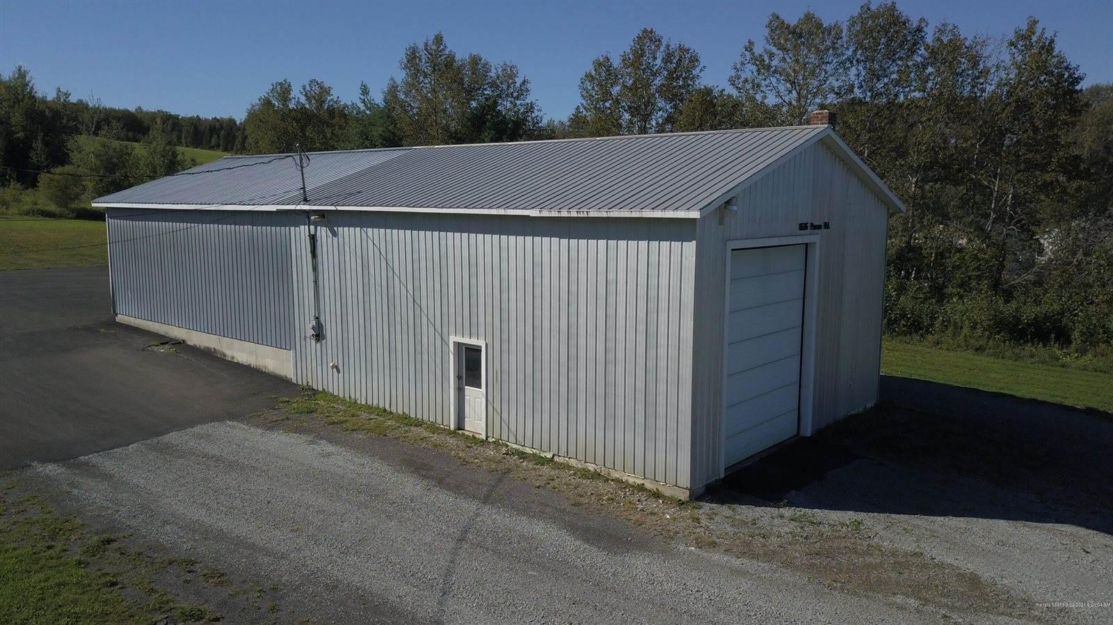 1636 Parsons Road, Mapleton, ME 04757