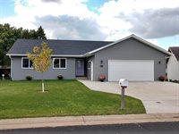 2818 Peachtree Circle, Marshfield, WI 54449