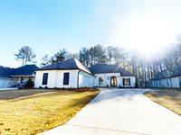 759 Bearing Way, Brandon, MS 39047