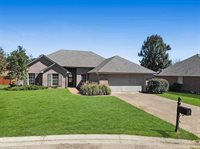 206 Wildberry Ct, Pearl, MS 39208