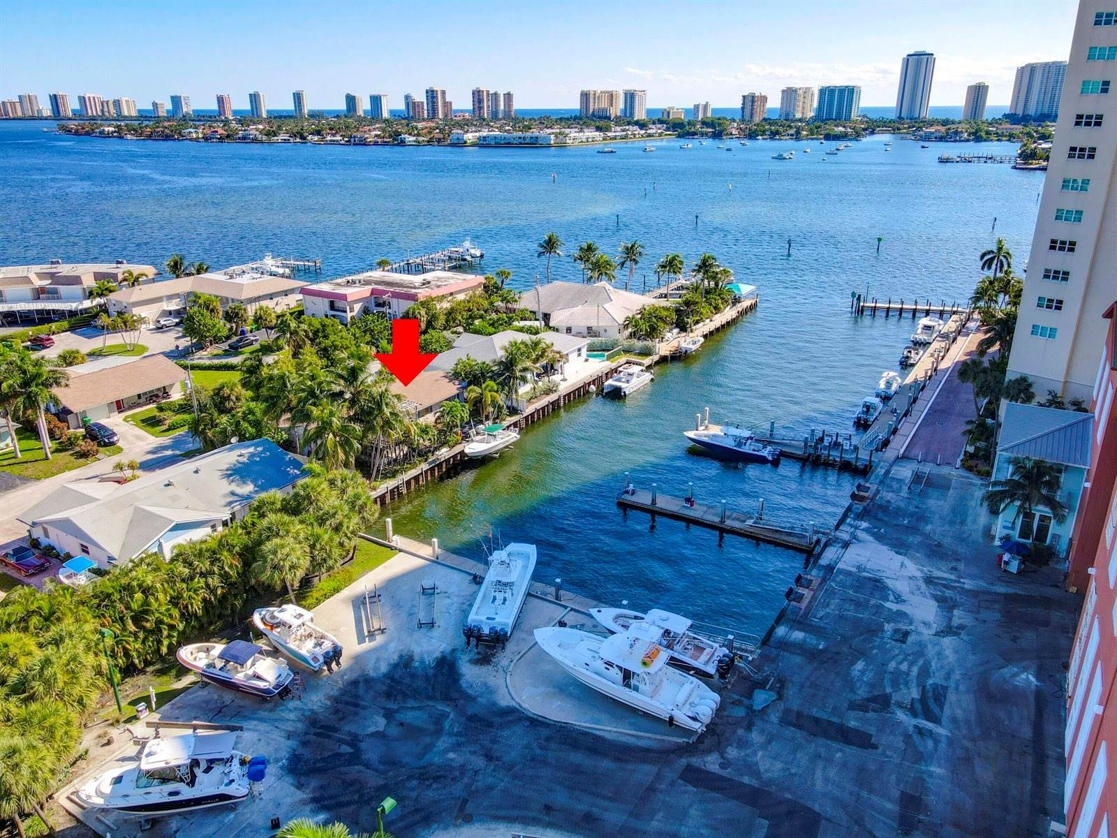 330 Wilma Circle, Riviera Beach, FL 33404