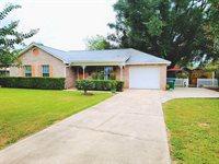 102 Butler Circle, Crestview, FL 32536