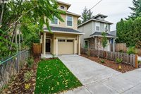 5335 SE Flavel St, Portland, OR 97206