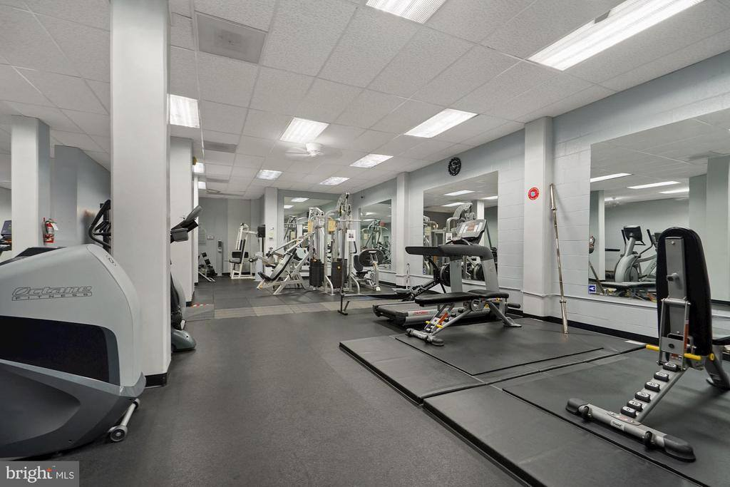5500 Friendship Boulevard, #2310N, Chevy Chase, MD 20815