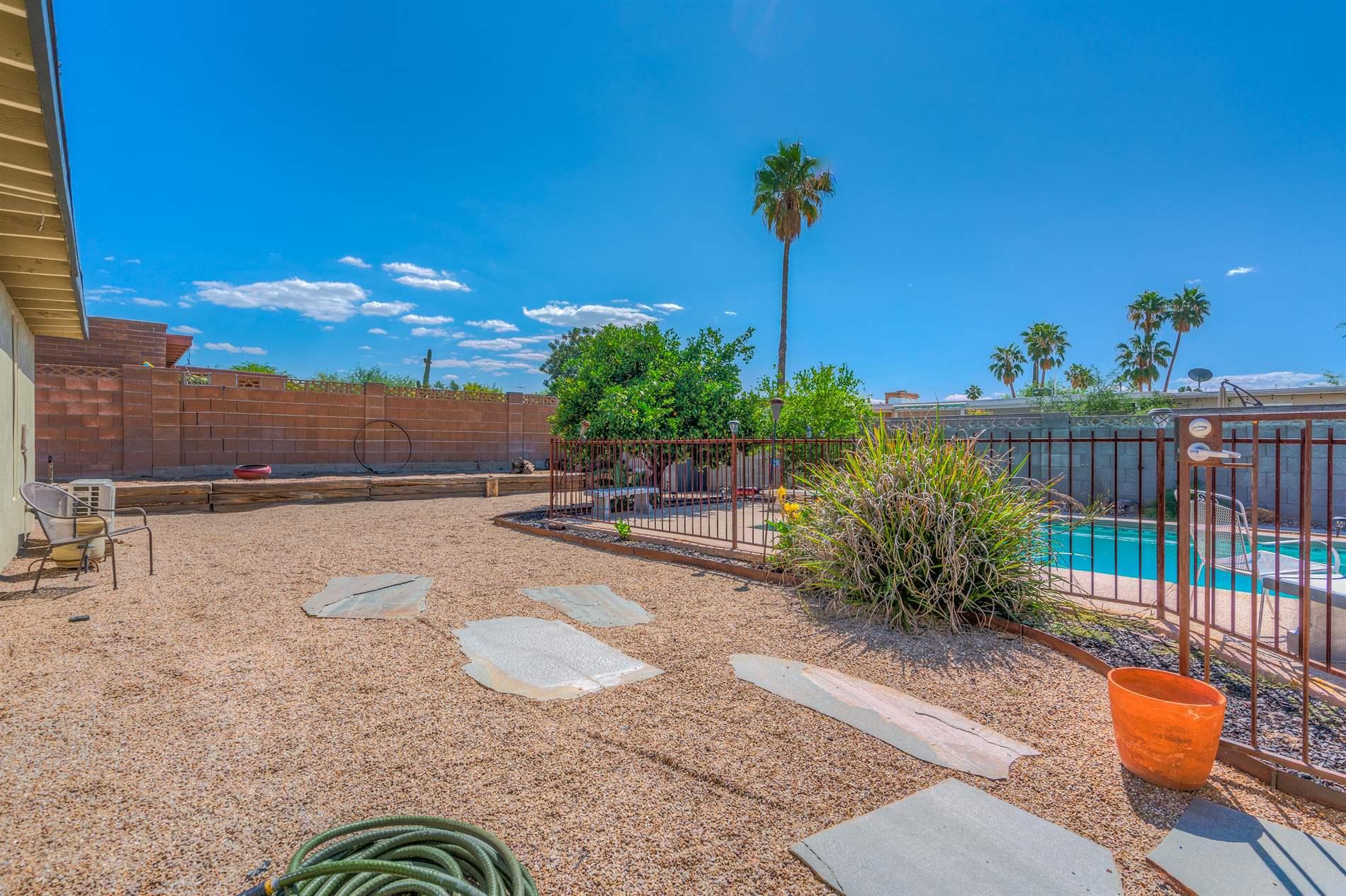 9230 E 6th St, Tucson, AZ 85710