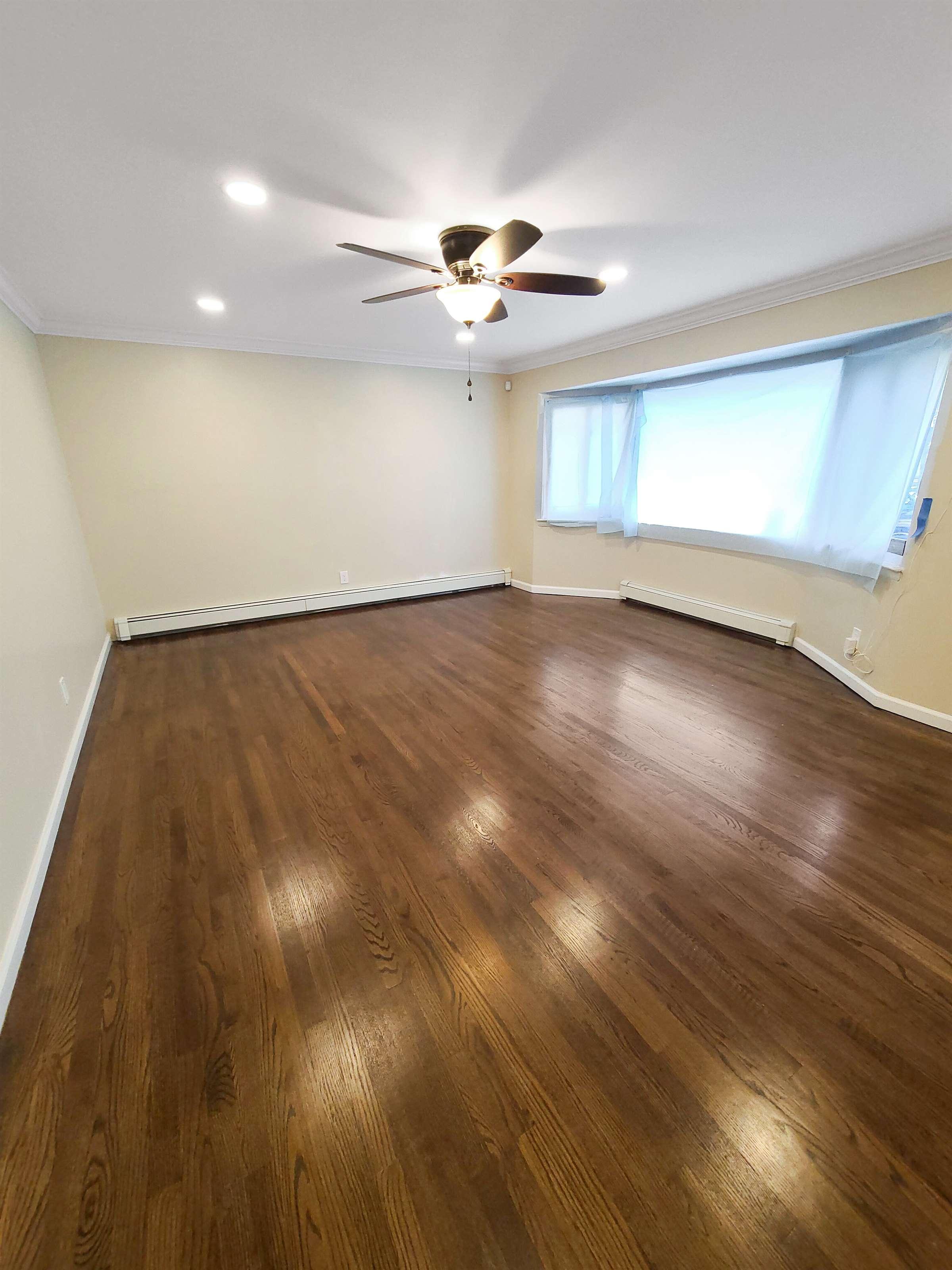 227 Nicolls Road, Wheatley Heights, NY 11798