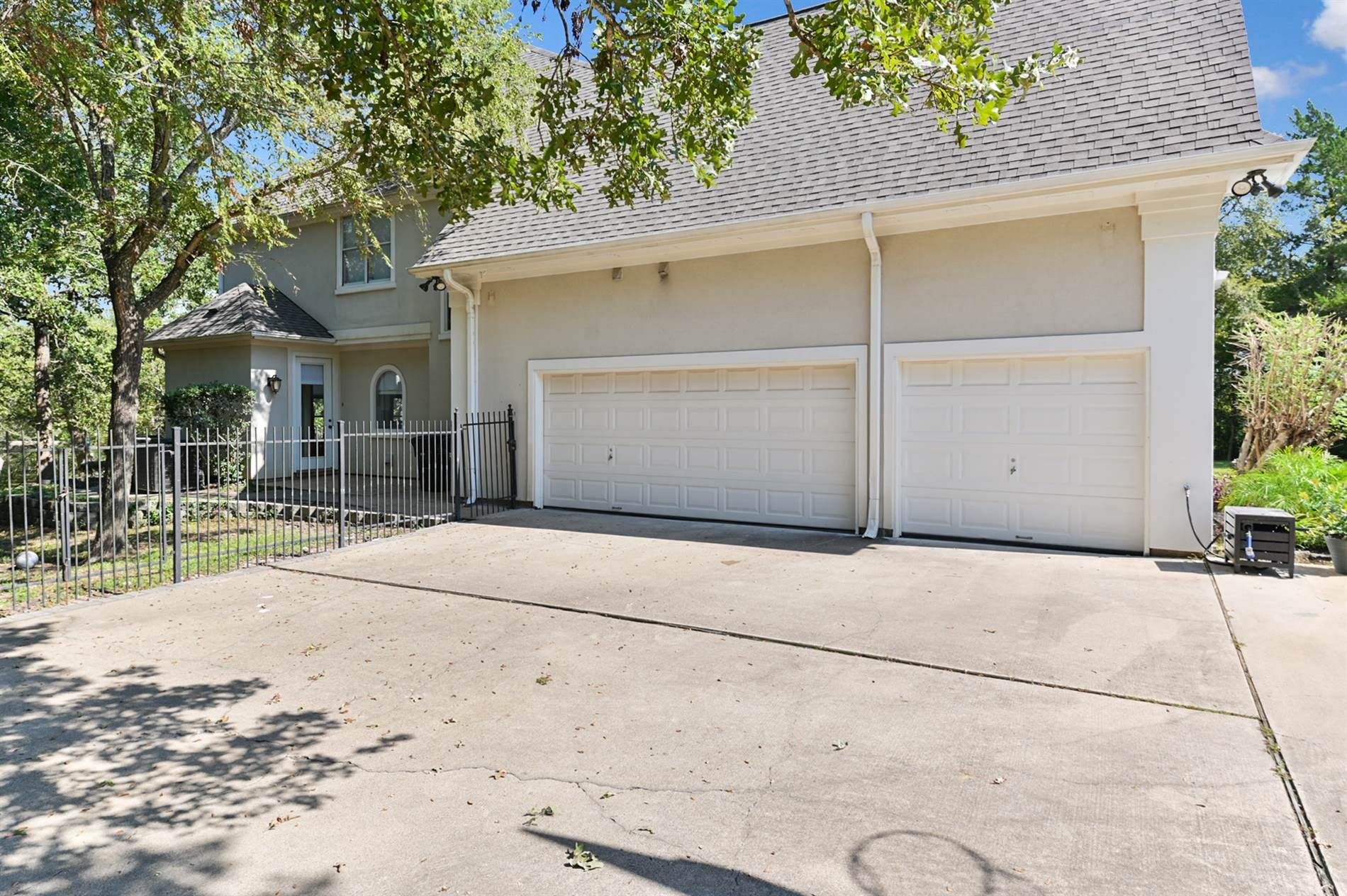 1105 Muirfield, College Station, TX 77845