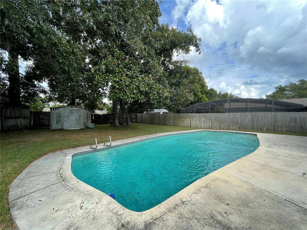 415 South Hawthorn Circle, Winter Springs, FL 32708