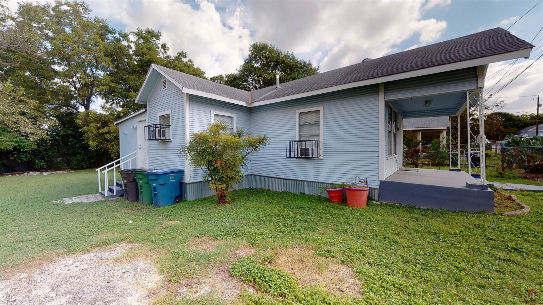 139 Dora St, San Antonio, TX 78212