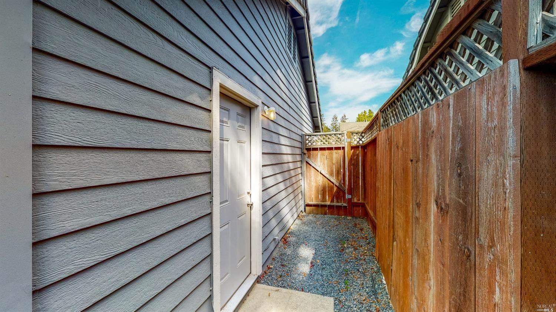 212 Kittery Point, Santa Rosa, CA 95403