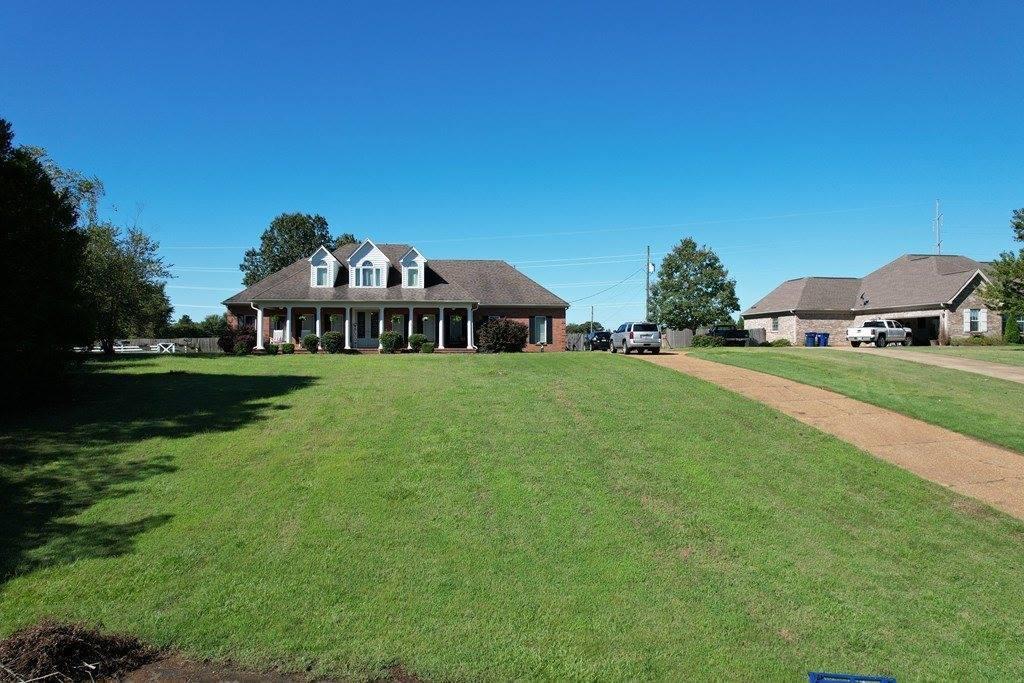 114 Old Lake Cove, Batesville, MS 38606