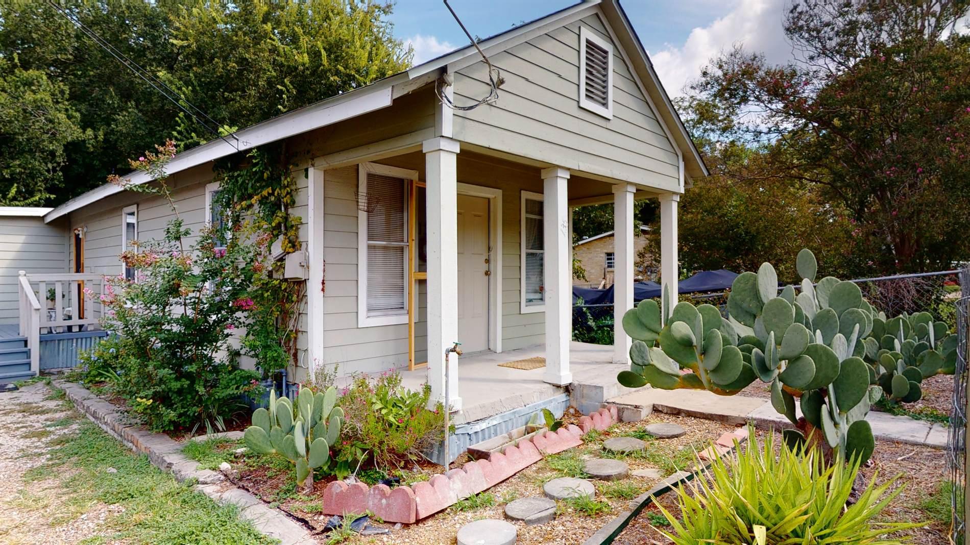 135 Dora St, San Antonio, TX 78212