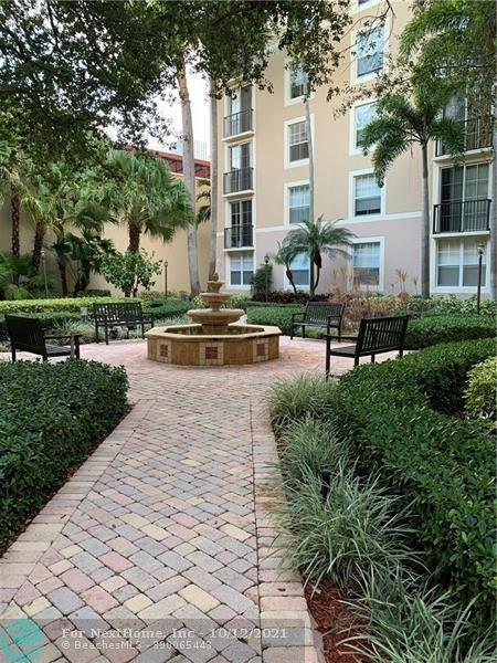 630 South Sapodilla Ave, #209, West Palm Beach, FL 33401