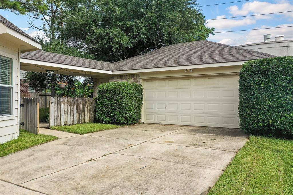 13518 Pin Oak Glen Lane, Cypress, TX 77429